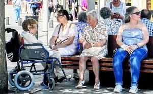 Diez personas evacuadas a centros sanitarios tras sufrir golpes de calor