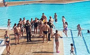 Sin piscinas exteriores mañana en Bilbao por la huelga en plena ola de calor