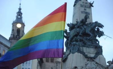 El Día del Orgullo LGTBI lucirá en los edificios de Vitoria