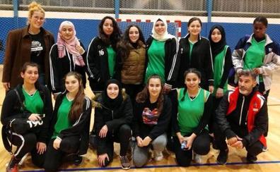 Un equipo femenino de baloncesto de Palestina jugará este sábado en Laguardia