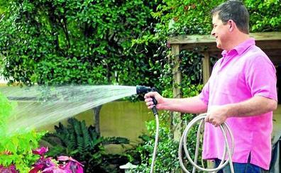 Amvisa advierte sobre el «elevado» consumo de agua en unifamiliares, un tercio más que la media