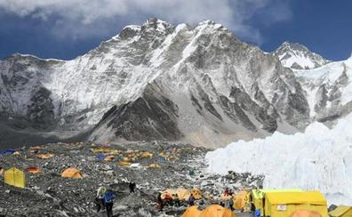 Basura y muerte en el Everest