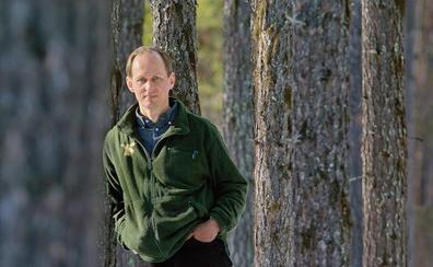 Un religioso convertido en detective de novela negra escandinava