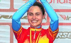Lourdes Oyarbide se cuelga el oro en solitario