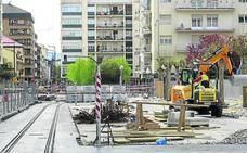 Vitoria afronta seis obras en un verano marcado por el tranvía, el 'bus exprés' y el entorno del Memorial