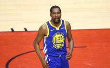 Durant firma por los Nets como agente libre