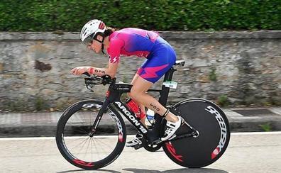 Helene Alberdi, la médica que es campeona de España de triatlón