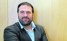 «Decir que los socialistas no hablan con EH Bildu es política ficción»
