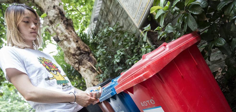 China se hace un lío con la basura