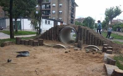 Atxondo cierra el nuevo parque infantil por seguridad