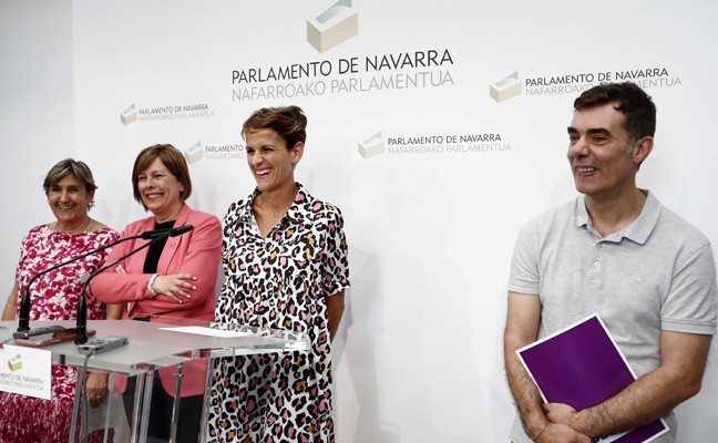 El PSOE alcanza un acuerdo para gobernar Navarra con Geroa Bai, Podemos e Izquierda Unida
