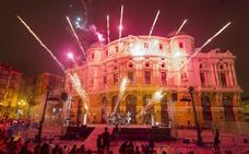 El fuego de Deabru Beltzak da luz a Bilbao