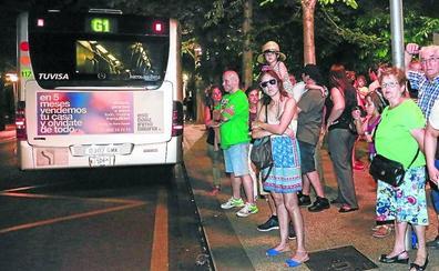 Vitoria se retrasa en extender las paradas anti-acoso en los urbanos