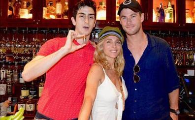 Elsa Pataky y Chris Hemsworth repiten vacaciones en Euskadi