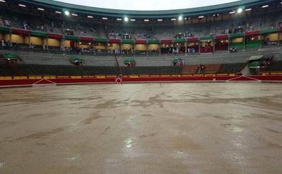 Suspendida la corrida de toros de Pamplona por las fuertes lluvias
