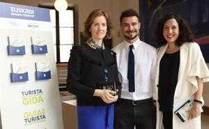 Euskadik turismo arduratsuari buruzko kanpaina eta gida aurkeztu ditu