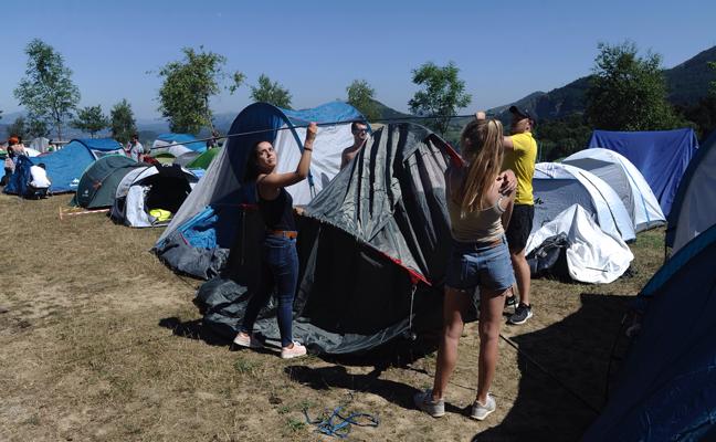 «El ambiente del camping es de lo mejor del festival»