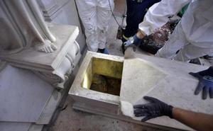 Las tumbas vaticanas donde buscaban los restos de Emanuela Orlandi están vacías