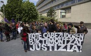 Acusan a un fotógrafo de San Sebastián de 47 delitos, 4 sexuales
