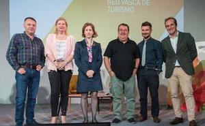 Saretour euskal turismo sektorearen elkarlan eta kudeaketarako foroa jada abian da