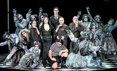 La familia Addams se muda al Principal