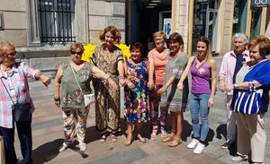 El Ayuntamiento de Santurtzi repartirá en las fiestas más de 3.000 pulseras con el lema 'No es no'