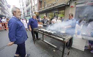 Santurtzi descorcha la fiesta a golpe de sardinas