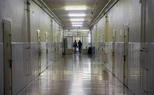 Condenada a año y medio de prisión por meter un paquete de droga en la cárcel de Basauri en una visita a su pareja