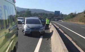 Un accidente en la A-8 en dirección a Bilbao provoca 20 kilómetros de retenciones