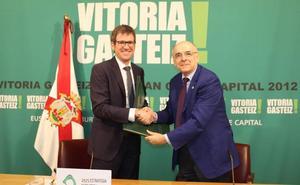 Vitoria y Euskaltzaindia renuevan su convenio para impulsar el euskera