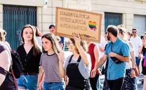 Urtaran: «Si hay algo aberrante es que unos padres no acepten la sexualidad de su hijo»