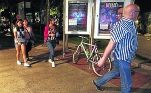 El servicio para evitar las agresiones sexuales en Santurtzi arranca con 15 mujeres acompañadas hasta su casa