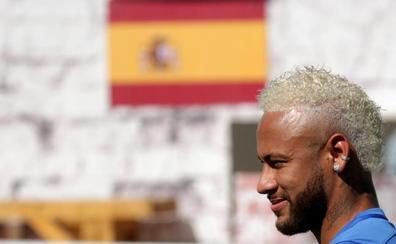 Neymar regresa al PSG en medio de un clima de tensión