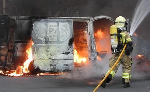Alarma en Leioa por el incendio de una furgoneta