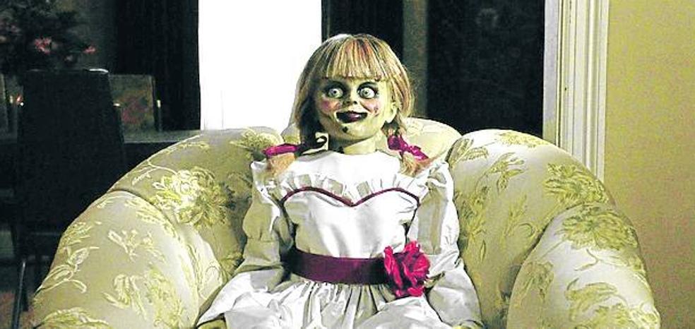 Annabelle vuelve a casa: Muñeca sátanica