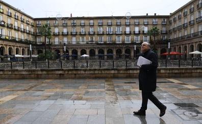 Gasteizko Udalak eta Euskaltzaindiak euskara hirian sustatzeko elkarlan akordio bat onetsi dute