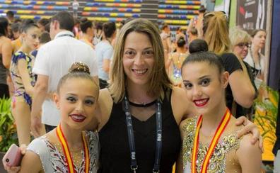 Salma Solaun y Teresa Gorospe participan en el Mundial junior