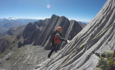 Los Pou recuperan los cuerpos de dos montañeros fallecidos en los Andes
