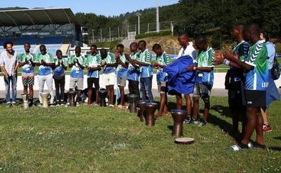 Buscan a dos menores de Sierra Leona huidos tras participar en un torneo de fútbol de San Sebastián