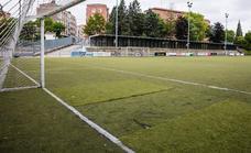 Los retrasos en las obras de los campos de fútbol afectarán a 50 equipos de formación