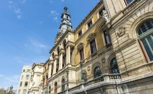 El Ayuntamiento de Bilbao designará hasta 24 asesores y administrativos