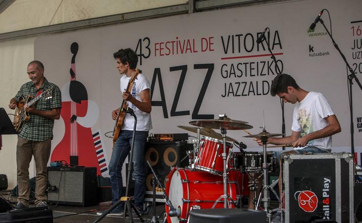 El Festival de Jazz de Vitoria inunda de música el Jardín de Falerina