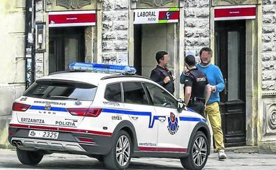 Detienen en Gipuzkoa a los tres atracadores de la sucursal de Salvatierra