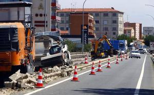 Fomento retoma tras tres años los trabajos de mejora del puente sobre la carretera Nacional