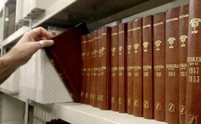 Euskaltzaindia completa en 1.500 páginas la gramática vasca más extensa hasta la fecha