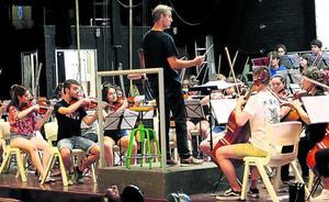 La Joven Orquesta de Euskal Herria suda la camiseta este verano