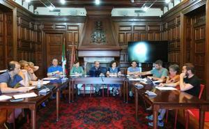 Berriz mantiene el salario del alcalde y reduce el número de comisiones