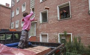 El derribo de los pisos de Olarizu, primer acuerdo de PNV y PSE con Comerón