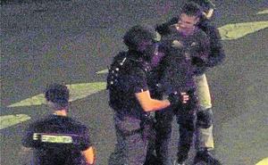 La Unidad de Asalto interviene para atajar una pelea familiar en Santurtzi