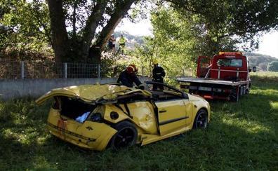 Cuatro jóvenes muertos y dos graves en un accidente en Salamanca